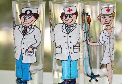 Весели почивни дни от дежурен стоматолог-хирург д-р Василев!